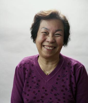 http://agnonwong.com/files/gimgs/34_grandma.jpg